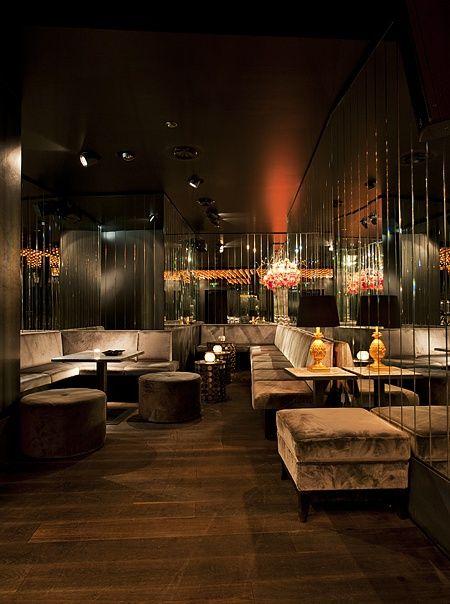 amano group - berlin mitte - germany 2013 - rosenthaler platz - urban structure - redesign - nightlife - bar - lounge - dance floor - cocktails - golden lights - nachtleben - beleuchtung - verspiegelt