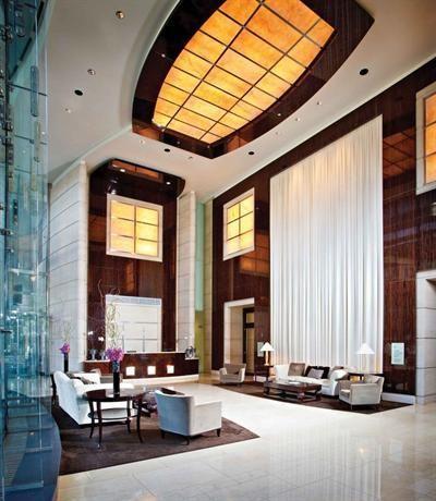 Hotel Deal Checker - Trump International Hotel & Tower Chicago