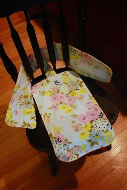 """Tutorial for a fabric """"high chair"""" (great when traveling).  Love her blog.  Lots of fabulous sewing tips, inspiration, and tutorials."""