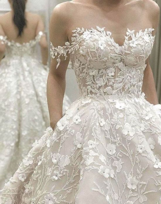 Off the Shoulder Wedding Dress Bridal Gown with Flowers