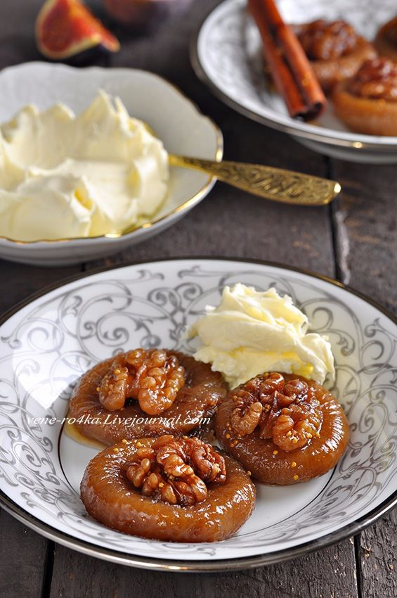 Кто не знает турецкие десерты и сладости? Местные повара с давних времён используют в десертах натуральные ингредиенты — местные фрукты и орехи. Десерт под…