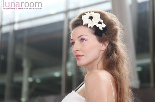 """Камелия """"Парижанка"""" экрю, ободок с бархатным бантом - каталог шоурума свадебных…"""