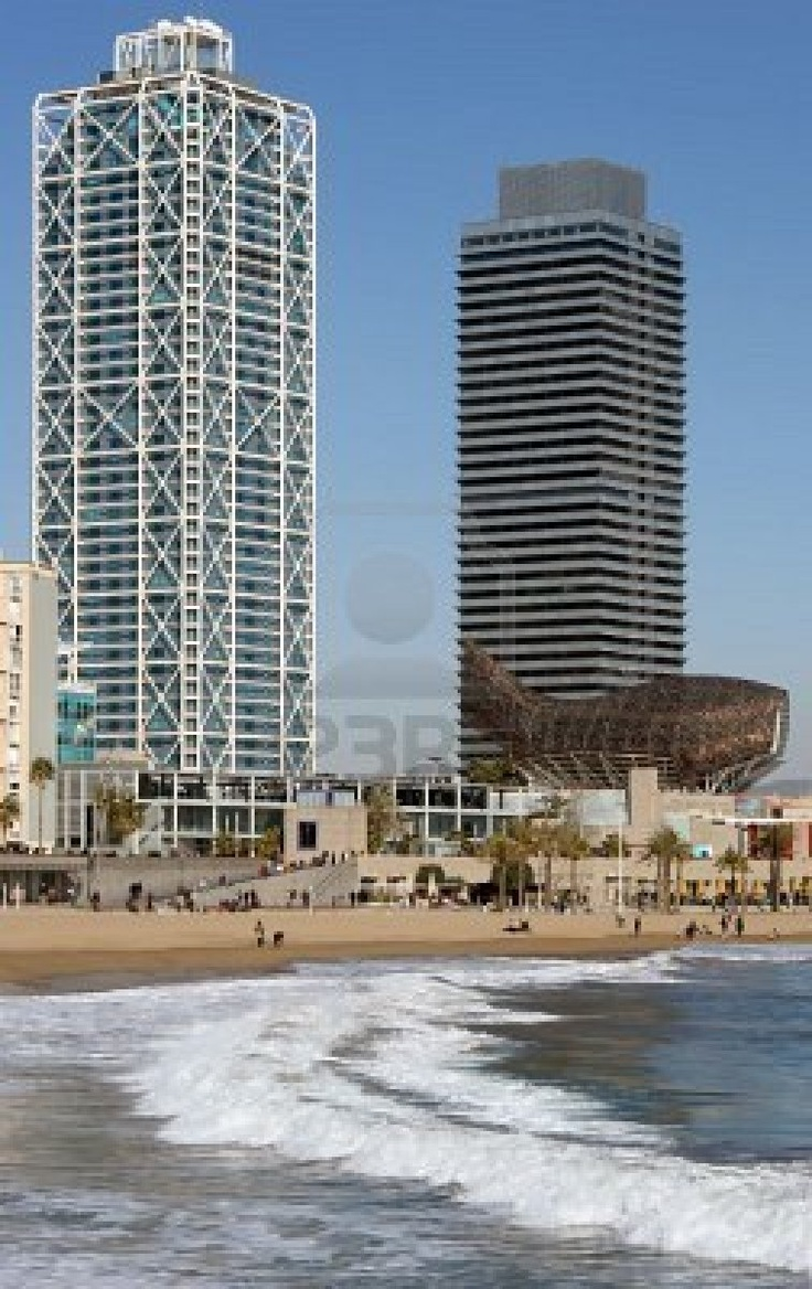 Puerto Olimpico, Barcelona, where I use to go with my rollers!!
