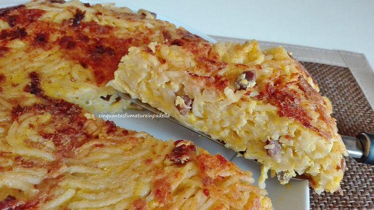 FRITTATA DI SPAGHETTI  Per la ricetta clicca qui http://blog.giallozafferano.it/cinquantasfumaturelaura/frittata-di-spaghetti-in-bianco/