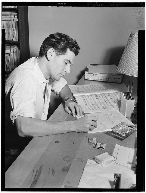 Portrait of Leonard Bernstein in his apartment, New York, N.Y., between 1946 and 1948 (LOC)  William Pl Gottlieb, photographer.