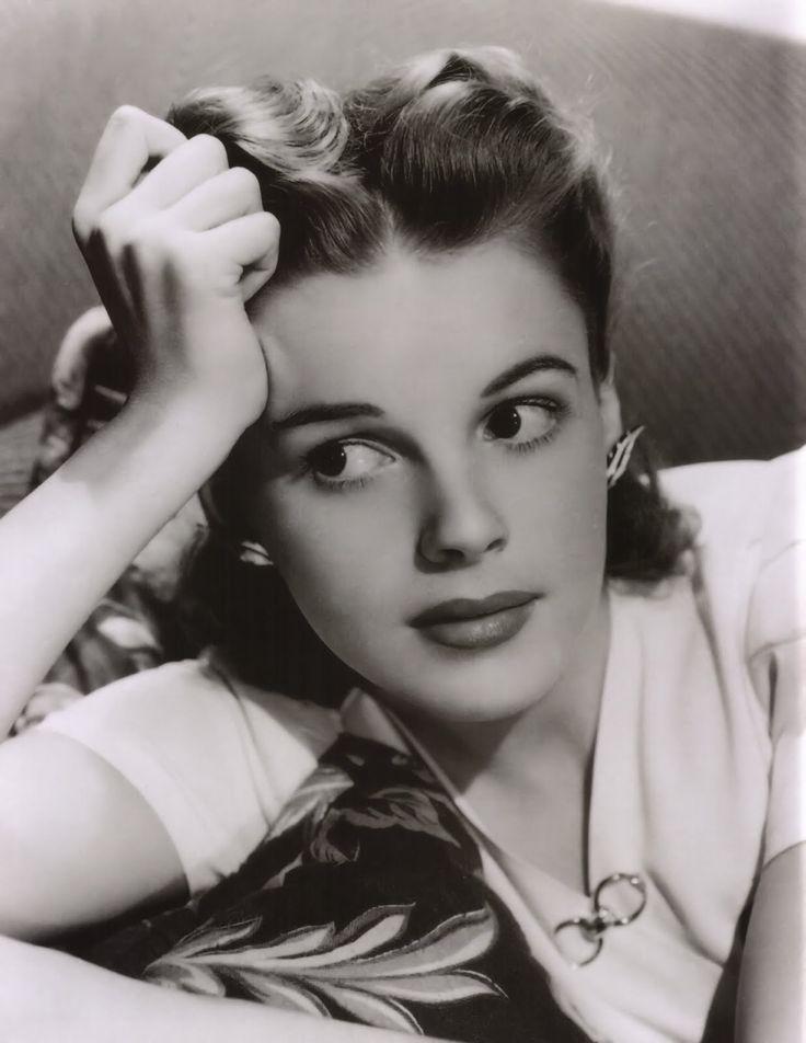 25+ Best Ideas About Judy Garland Biography On Pinterest ...