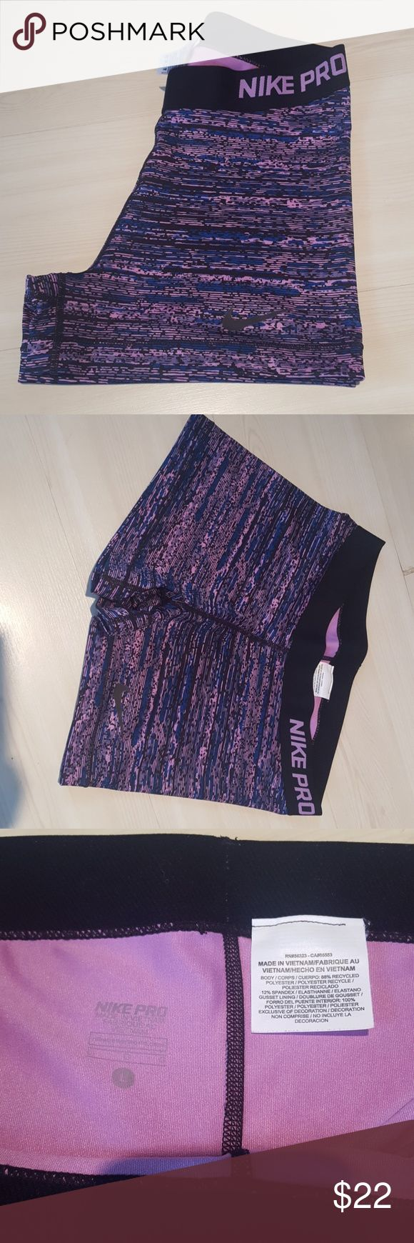 Nike compression women's workout short Barely worn, great condition, size large Nike Shorts