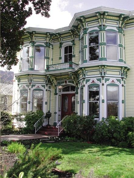 McCall House Bed & Breakfast in Ashland, Oregon