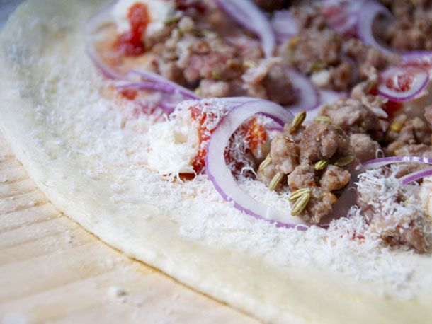 ... spicy white spicy s a ngri a pizza dip pizza a casa spicy salsiccia