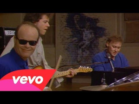 Sometimes I lead, sometimes I follow... Bruce Hornsby & the Range... The Valley Road...