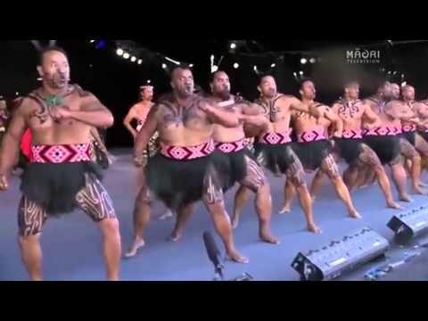 Te Waka Huia Haka. Te Matatini 2013 - YouTube