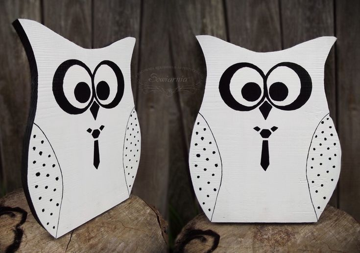 B&W wooden owl