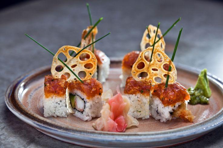 California roll with tempura schrimp served with fish tartar