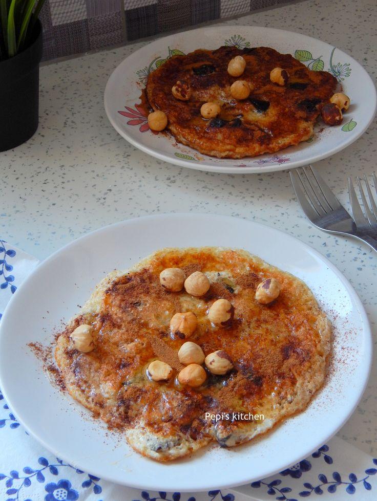 Πρωτεϊνική τηγανίτα με ασπράδι αυγού και βρώμη http://laxtaristessyntages.blogspot.gr/2015/10/egg-white-and-oatmeal-protein-pancake.html