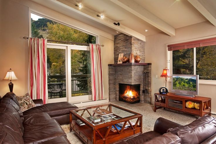 Aspen Park Central West condo is located in Aspen mountains' lap. The condo boasts for elegant appearance and amazing mountain views. #Aspen #home #rental #condo #vacation #luxury #vacation #apartment #property