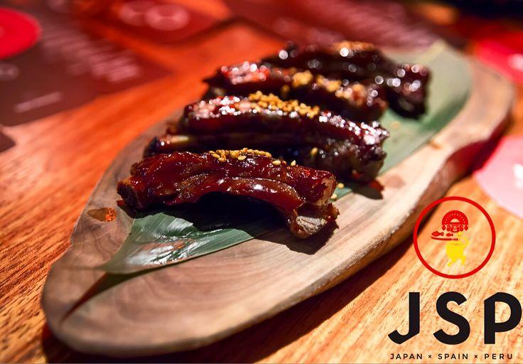 B.B.Q Pork Spare Ribs***** Cinco JSP  Let's rock \m/  #cinco #jsp #japan #spain #peru #nikkei #restaurant #tapas #athens #kolonaki #skoufa #endlessdream #cinco_athens #pisco #sake #ceviche #tiradito #tigersmilk #causa #porkrib #cincoathens #markadakisteam