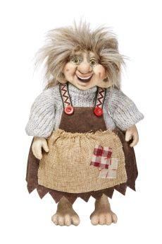 Trolljente brun med strikkegenser og filtkjole