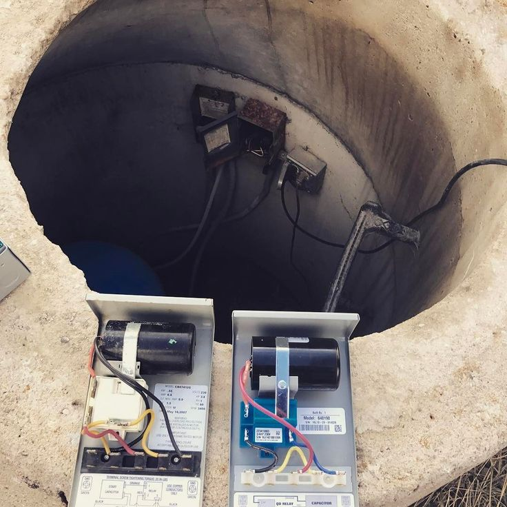 It's never a good feeling when the water won't turn on when you're on a well!! One new capacitor and control box later and we're back in business! Whew - don't need a new well pump! . . . . . . #einstynetinyhomes #plumbing #electrical #well #water #broken #fixerupper #construction #contractors #build #carpenter #tinyhouse #thow #tinyhousenewsletter #tinyhousebuild #tinyhouseideas #tinyhousenews #tinyhousemovement #renovation #project #house #farm #love #diy #colorado #bebetter #great