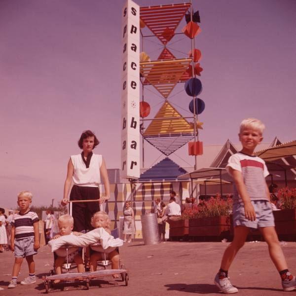 Best Disneyland Images On Pinterest Colors Cow And Disney Cast - 18 amazing rare colour photos disneyland 1955