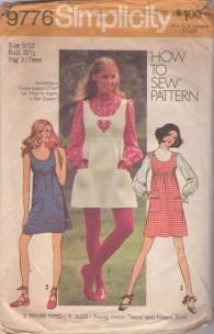 Simplicity 9776 Vintage 70's Sewing Pattern SWEET How to Sew Scoop Neck, Empire Waist Babydoll Mod Mini Sun Dress, Jumper & Blouse, Heart Shaped Applique Size 9/10