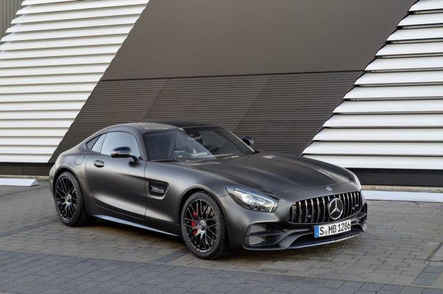 """Die GT-Familie wird aufgewertet. U.a. wird nach dem Motto """"50 Years of Driving Performance"""" mit dem neuen Mercedes-AMG GT C die AMG GT Familie vergrößert."""