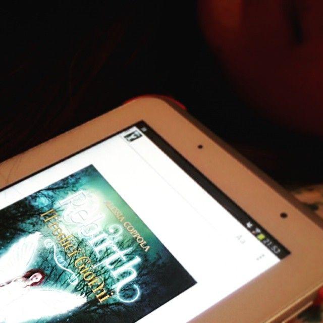 Un #paranormalromance per #IlMaggioDeiLibri  #LeggiUnEmergente #ioleggodifferente #ioleggoperché #ilmaggiodegliebook  link all'acquisto Rebirth di Alessia Coppola  http://www.amazon.it/Rebirth-Tredici-Giorni-Alessia-Coppola-ebook/dp/B00Q3NB9G2