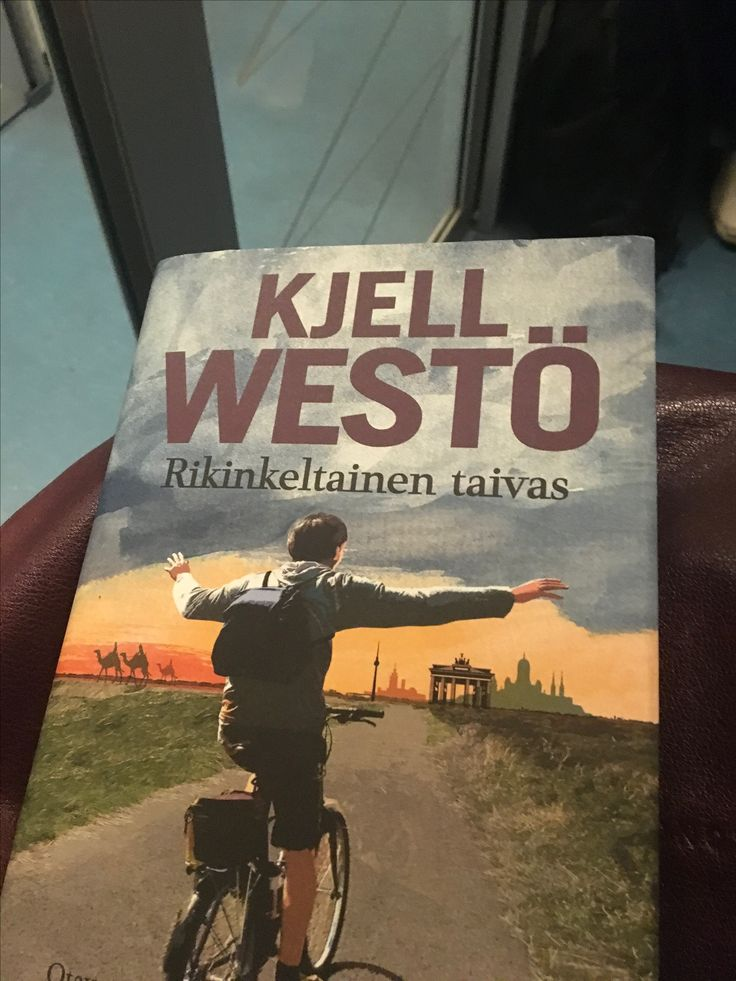 """""""Kun se tapahtui, olin asunut siellä vähän yli vuoden"""" —Kjell Westö, Rikinkeltainen taivas (2017)."""