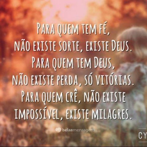 """""""O meu Deus é um Deus de milagres Não há limites para o Seu poder agir Realiza o impossível Para Ele nada é tão difícil E o maior milagre já operou em mim…"""""""