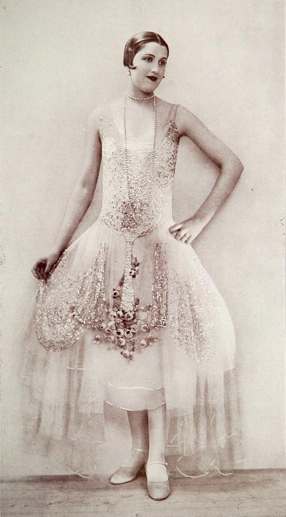 Boué Soeurs 'Aurore' Dress - 1927 - Les Modes (Paris)