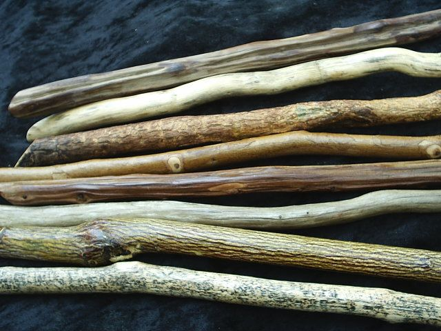 http://dalehyde.hubpages.com/hub/How-To-Make-A-Wiccan-Wand-and-The-History-Of-The-Wand