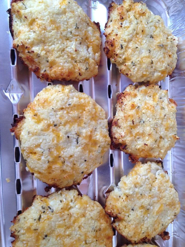 Cauliflower cakes that can be used as pizza crust. Yummy!