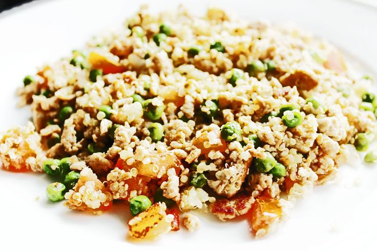 Clean Eating Dinner Idea – Stir Fry Quinoa with Ground Turkey | Clean Eating Recipes - Clean Eating Diet Plan Made Easy