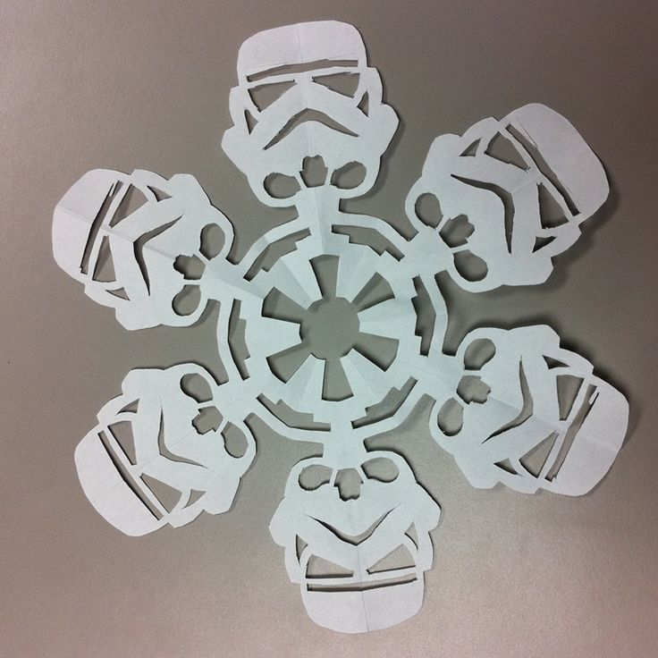 "DIY Star Wars Snowflakes - I need to make one of these for each of my brothers...and one for my nephew who was a storm trooper for Halloween. I taught him to say ""These aren't the droids we're looking for."" ;-): Darth Vader, Idea, Storms Troopers, Stars War, War Snowflakes, Star Wars, Paper Snowflakes, Diy Stars, Starwars"