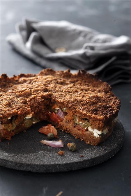 Χωριάτικη σαλάτα σε πίτα