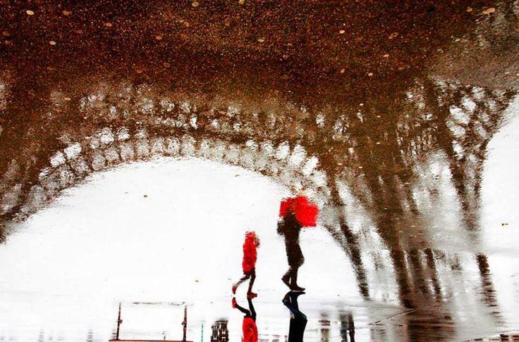 Christophe Jacrot: Street Photography sotto la pioggia ~ Fotografia Artistica Blog G. Santagata