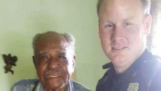 Fort Worth Police Go Above And Beyond To Help Elderly Vet In His Time Of Need