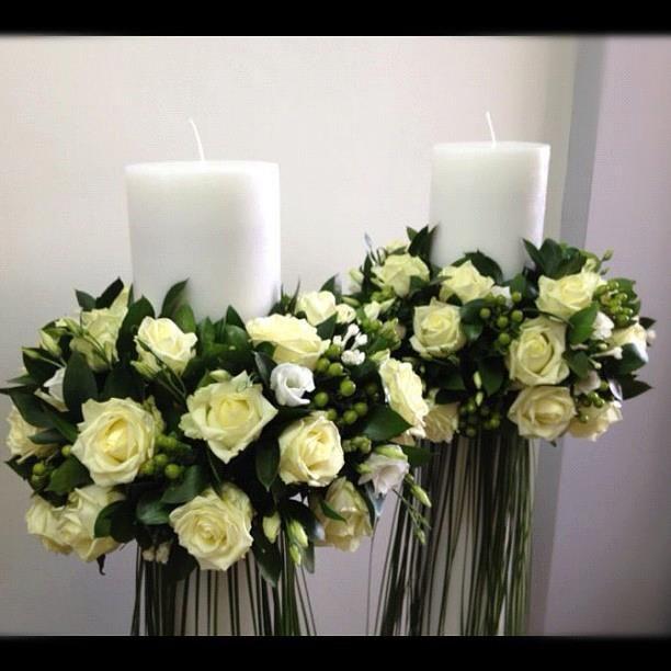 Roses , hypericum , lisianthus