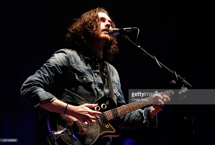 Hozier performs at Brixton Academy on January 29, 2016 in London, England.  (Photo by Chiaki Nozu/Getty Images)