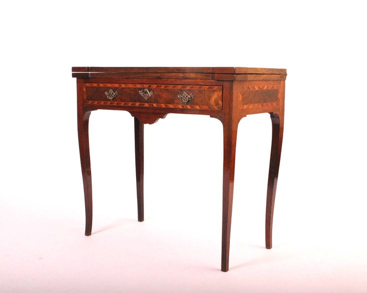 18th Century Portuguese Rosewood Games Table | From a unique collection of antique and modern game tables at https://www.1stdibs.com/furniture/tables/game-tables/