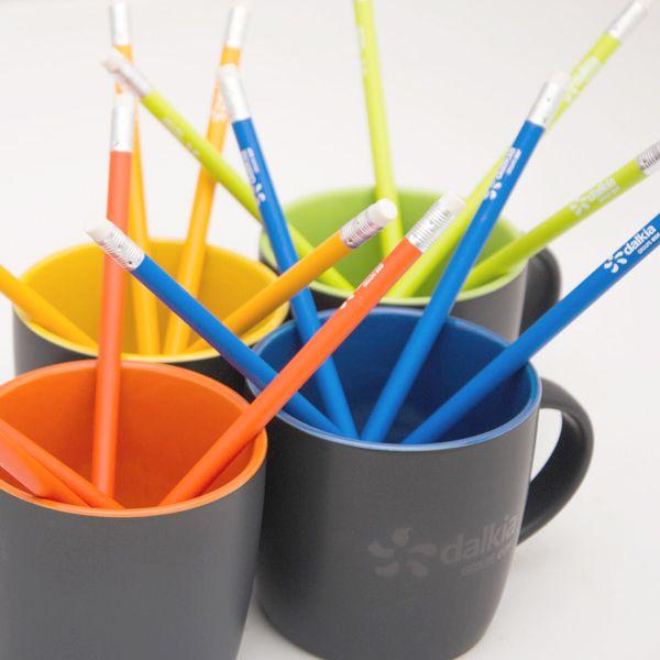 Mug Dalkia avec impression transparente glossy ! Crayons de bois assortis ! - Cadeaux promotionnels - Goodies