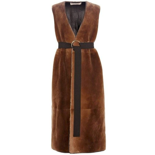 Marni Fur Gilet (€11.365) ❤ liked on Polyvore featuring outerwear, vests, brown, jackets, brown vest, brown waistcoat, marni, brown fur vest and fur gilet vest