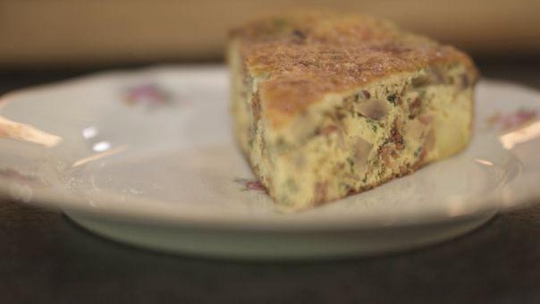 Dagelijkse kost - omelet met spekjes, champignons en kaas