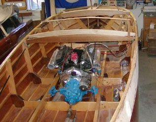 barrelback 19 foot classic mahogany runabout boat design you can build