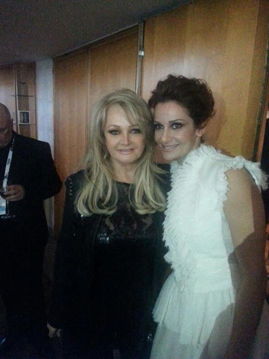Bonnie Tyler with Despina Olympiou at the Grand Eurovision Song Contest Opening in Malmo #bonnietyler #2010s #thequeenbonnietyler #therockingqueen #rockingqueen #rock #music https://www.facebook.com/pages/Despoina-Olympiou-Fan-Page/128106757243382