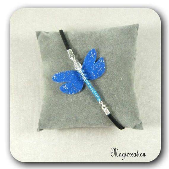 bracelet libellule soie bleu marine et argenté sur cordon de