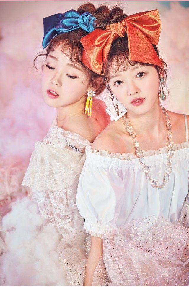 OH MY GIRL - Seunghee + Yooa