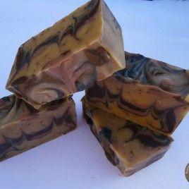 Mézes-diós álom bőrtápláló szappan narancs-fahéj illattal száraz, érett bőrre
