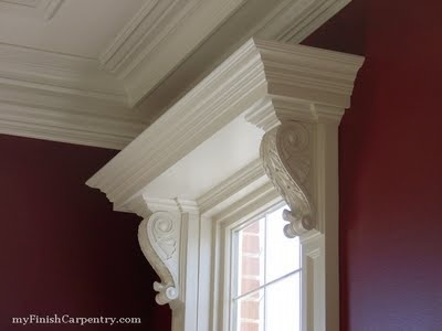window moulding with corbels