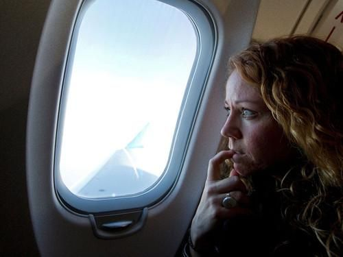 Feeling stressed about a trip? Follow these expert tips for easing your fear of flying | Yahoo News