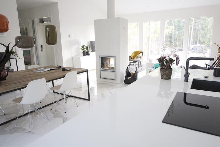 """75 tykkäystä, 1 kommenttia - se oikea oma koti (@seoikeaomakoti) Instagramissa: """"One of the best choices in our project has been the quartz countertop. It's so easy to take care of…"""""""